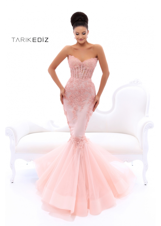 Evening Gowns Boutique in Toronto | Oshel